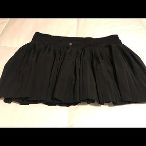 Lululemon plea to skirt . Great condition